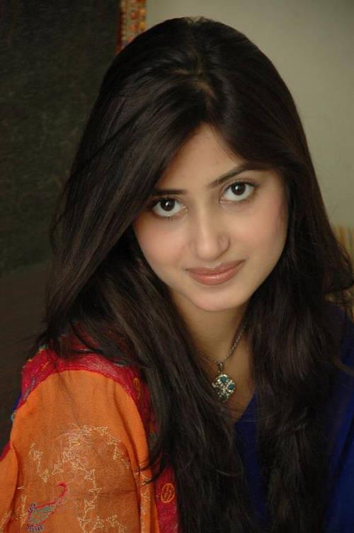 Sajal Ali Photos