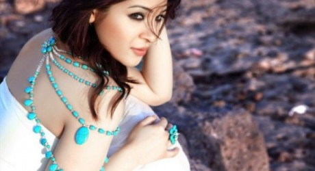 Ayesha Umer Hot Photo Shoot