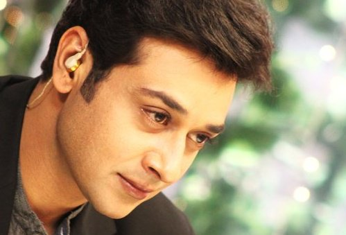 Faisal Qureshi Images