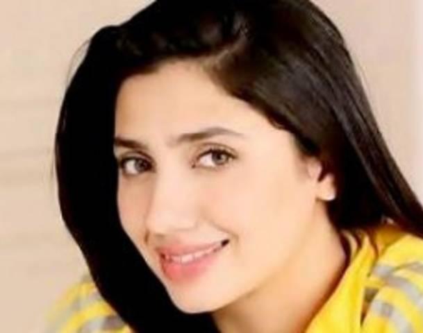 Mahira Khan Hot Photos