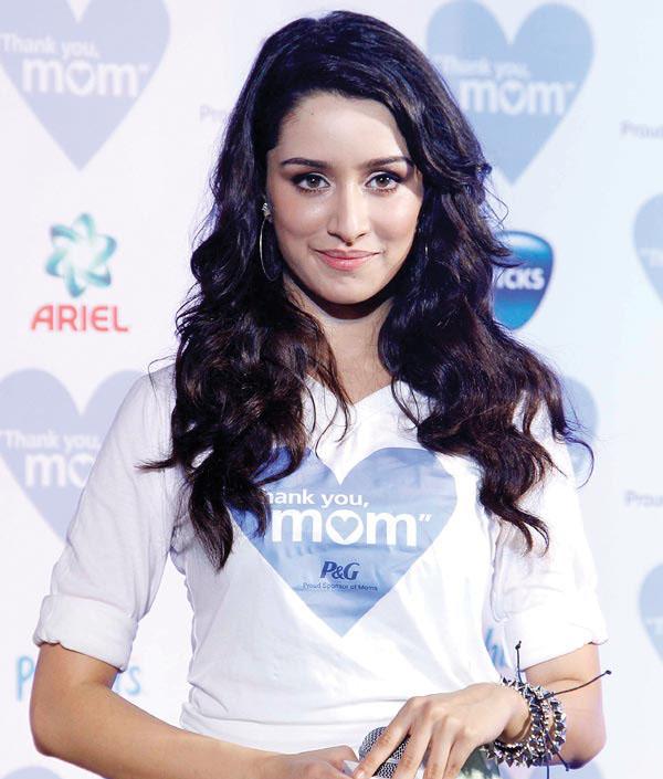 Bollywood Hot Actress Shraddha Kapoor Pics