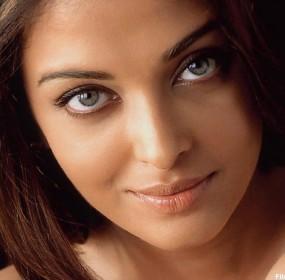 Aishwarya Rai Bachchan is not pregnant again