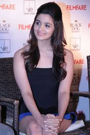 Alia Bhatt Likes to Stupid Jokes on Herself