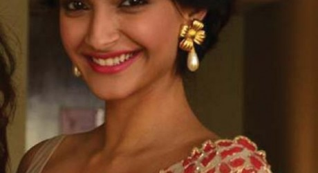 Sonam Kapoor Hot Pictures