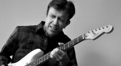 Pop Singer Alamgir Kidney Transpaltion in US