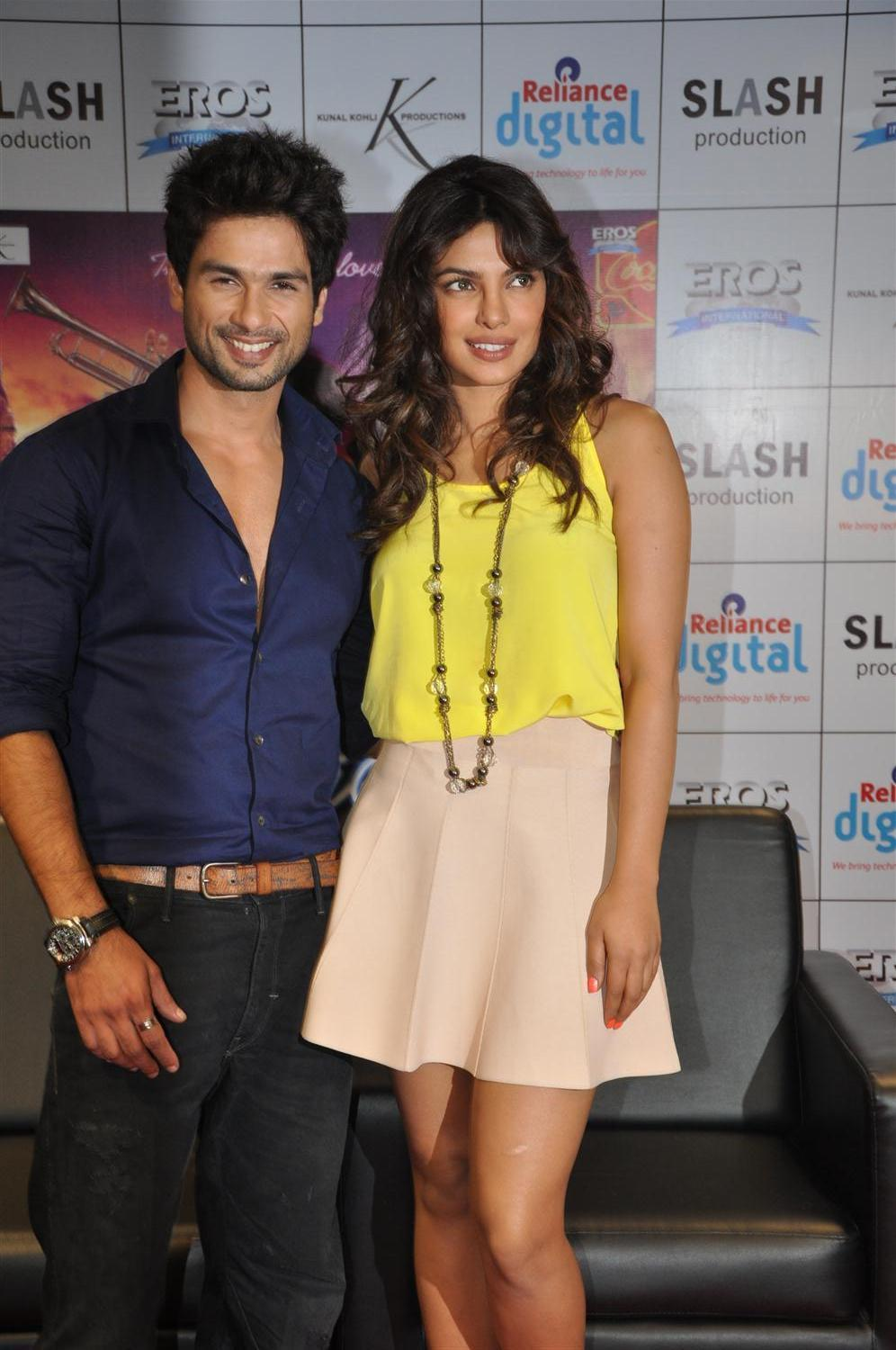 Shahid Kapoor and Priyanka Chopra Pictures 2015