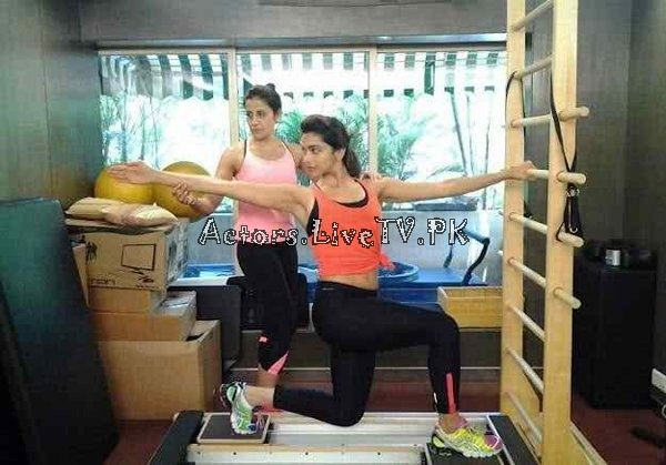 Bollywood Celebrities in Gym (3)