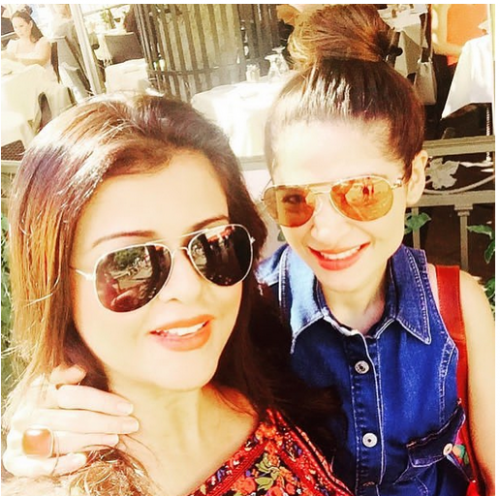 Ayesha Omar Wallpaper: Ayesha Omar And Maria Wasti Clicks In USA LiveTV.pk Actors
