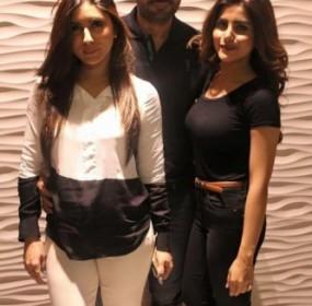 """""""Jawani-Phir-Nahi-Ani""""-Film-Team-at-Atrium-Cinema-3-333x500"""