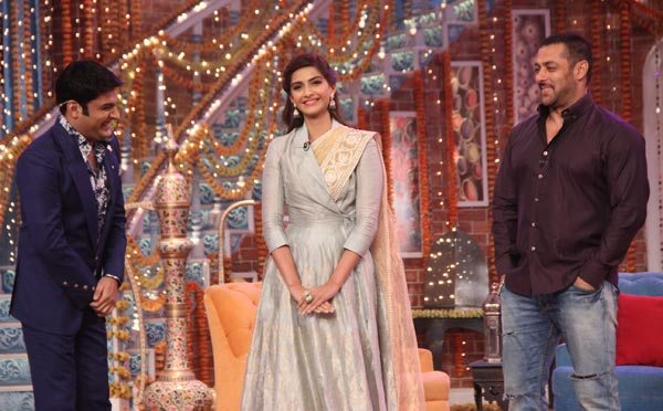Salman Khan and Sonam Kapoor in Kapil Sharma Show 10