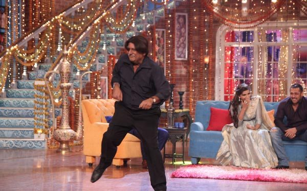Salman Khan and Sonam Kapoor in Kapil Sharma Show 08