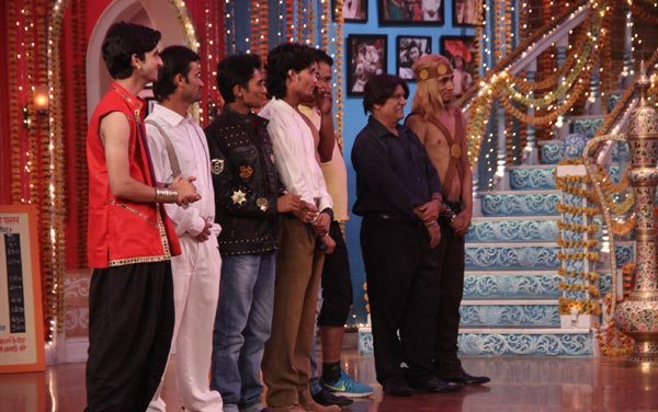Salman Khan and Sonam Kapoor in Kapil Sharma Show 07