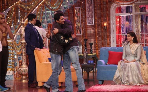 Salman Khan and Sonam Kapoor in Kapil Sharma Show 01