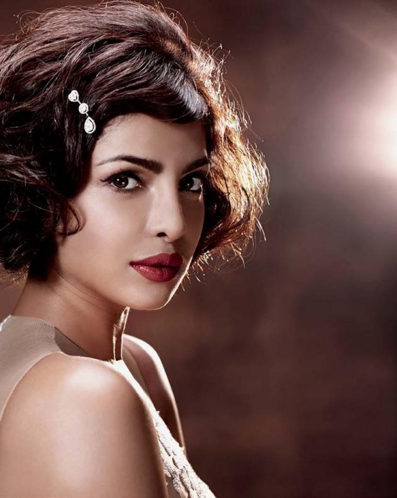 Priyanka Chopra Hot Look Hello India Magazine Oct 2015 05