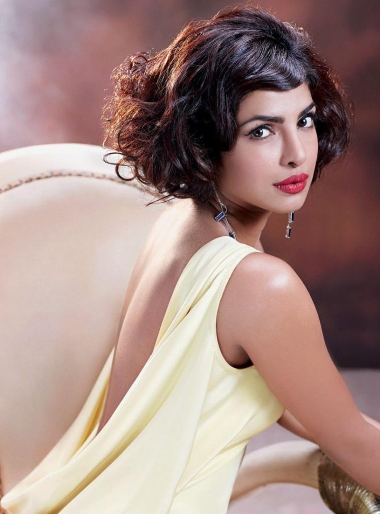 Priyanka Chopra Hot Look Hello India Magazine Oct 2015 02