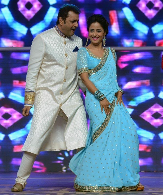 Shivin Narang and Farnaz Shetty perform
