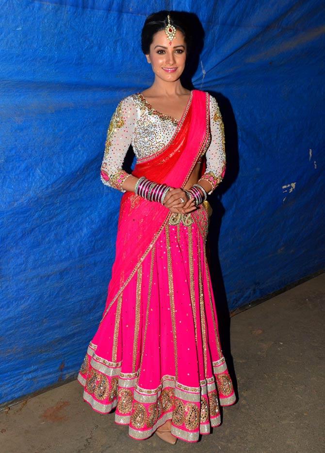 Anita Hassanandani Pretty Pink Look