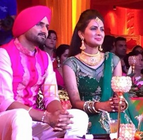 Virat Kohli and Anushka Sharma to attend Harbhajan Geeta's wedding 04