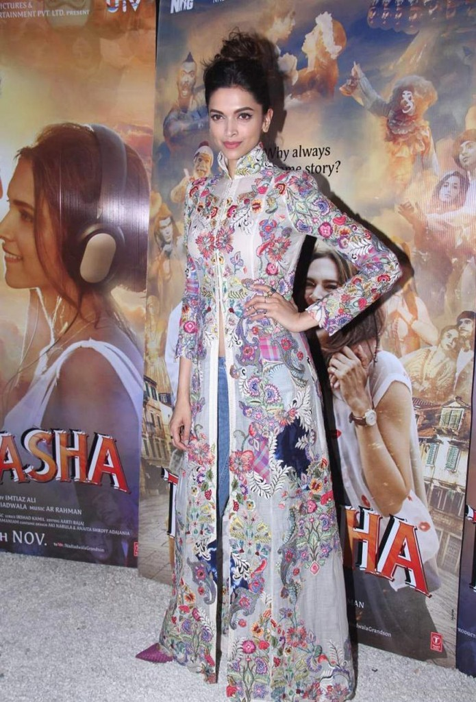 Deepika at 'Wat Wat' Song Launch From 'Tamasha' 01