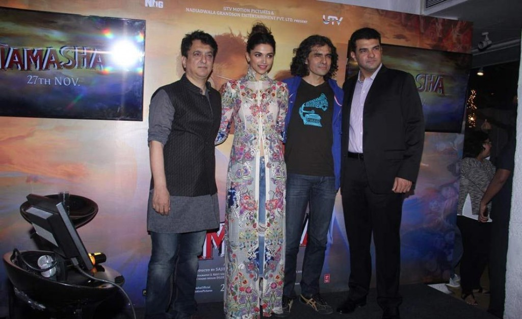 Deepika at 'Wat Wat' Song Launch From 'Tamasha' 02