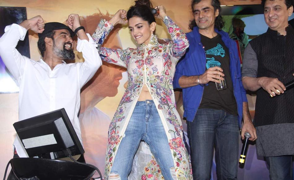 Deepika at 'Wat Wat' Song Launch From 'Tamasha' 05