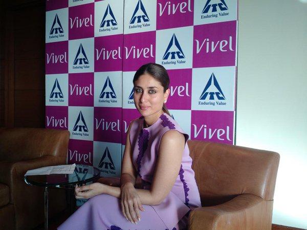 Kareena Kapoor Khan at Vivel Event 08