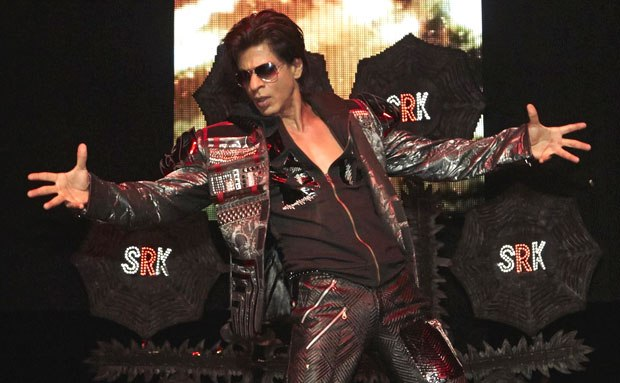 SRK Hot Look