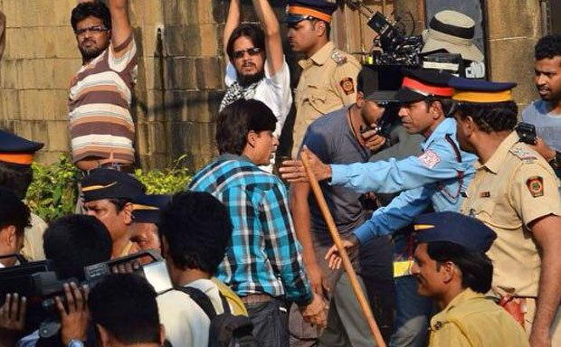 SRK on the Sets of Fan