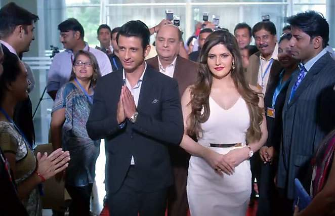 Zarine Khan Latest Pictures in Hate Story 3 02