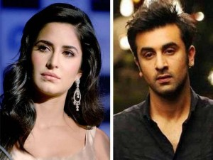 Ranbeer Kapoor Ignoring Katrina Kaif in Ceremonies