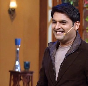 Kapil-Sharma-Smile-Wallpaper